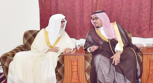 أرشيفية.. نائب أمير نجران في زيارة لشيخ المكارمة
